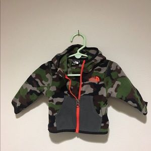 The north face camo zip up